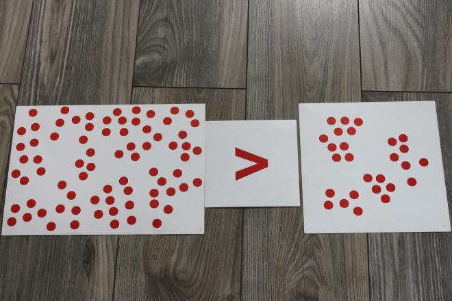 Kolejny etap matematyki metodą Domana: porównania, nierówności (Maja skończyła 12 miesięcy)
