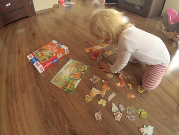 Gry planszowe w kontekście wparcia rozwoju językowego dziecka i nie tylko (Maja skończyła 2 latka)