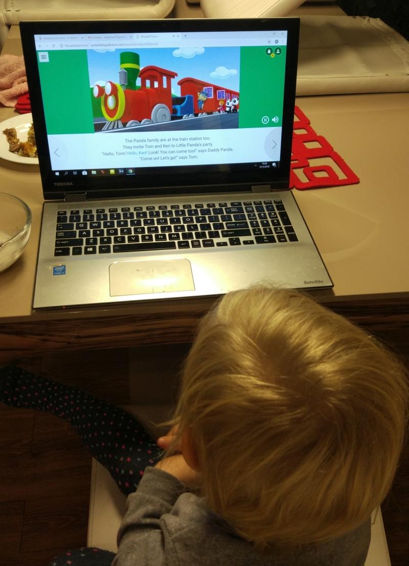 """Testujemy storybooki, czyli wersję Expert Międzynarodowego Programu Powszechnej Dwujęzyczności """"Dwujęzyczne Dzieci"""" dla rodziców i nauczycieli (artykuł z wersją audio)"""